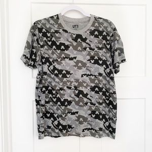 Uniqlo Camouflage Hidden Mickey Mouse Tee Small